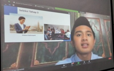 Kiat Meningkatkan Motivasi Belajar Santri  dengan Webinar Pertukaran Pelajar ke Luar Negeri